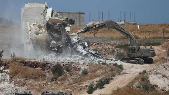 فلسطين ... السلطة تضع آليات لإلغاء اتفاقياتها مع إسرائيل ردا على هدم منازل بالقدس