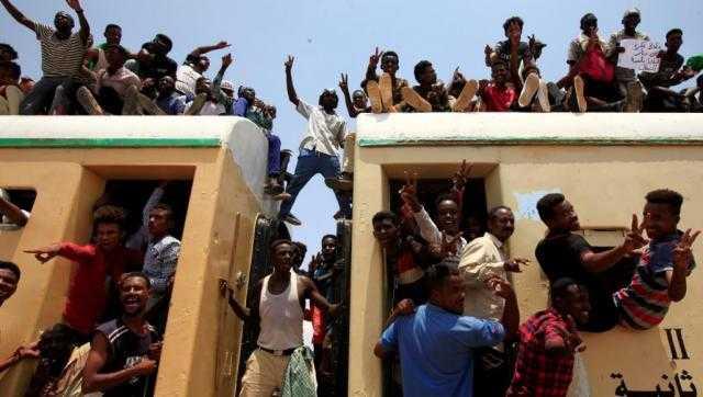 السودان.. خلافات داخل قوى الحرية والتغيير تؤجل تشكيل المجلس السيادي
