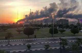 """""""الحوثي"""" تجدد تبني هجمات أرامكو السعودية وتكشف تفاصيل"""