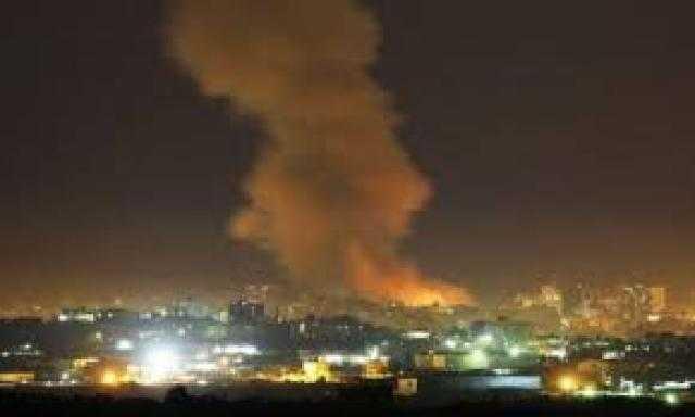 """إسرائيل تقصف أهدافا """"إيرانية"""" داخل سوريا"""