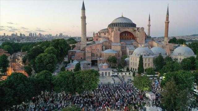 """""""آيا صوفيا"""" يعود مسجدا ... وخطاب تاريخي لأردوغان"""