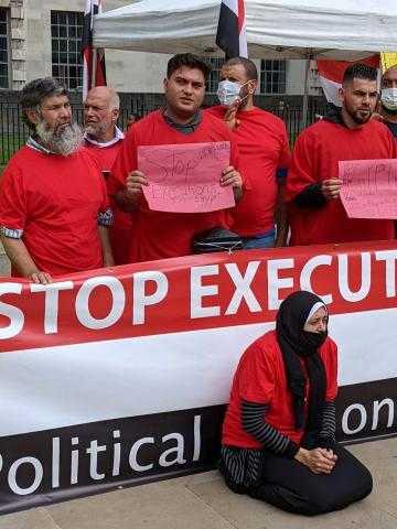 لليوم الـ 17.. نشطاء مصريون يواصلون اعتصامهم أمام الأمم المتحدة لوقف الإعدامات