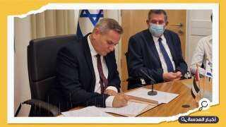 """ترسيخا للخيانة ... أبوظبي توقع اتفاق """"الممر الأخضر"""" مع الكيان الصهيوني"""